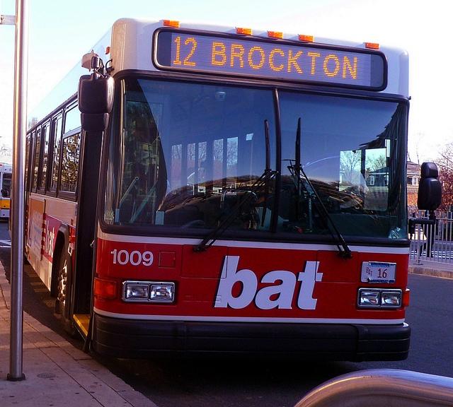 Bat Bus 12 >> Bsu Transit Service Fys199group2